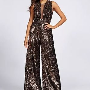 🌿NEW New York and Co Rose Gold Sequin Jumpsuit